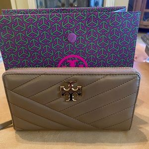 Tory Burch Kira Large zipper wallet